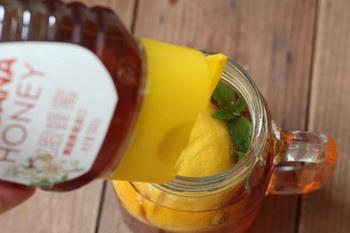 一颗柠檬红茶做法步骤5